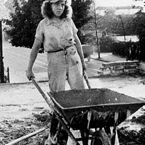 Wheelbarrow production after the Second World War